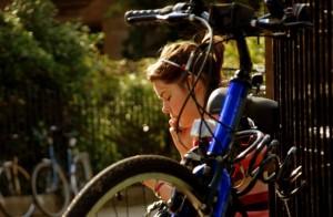 Dziewczyna i rower