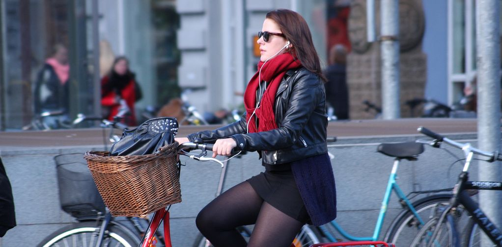 Jazda po chodniku i rowerowa niekonsekwencja