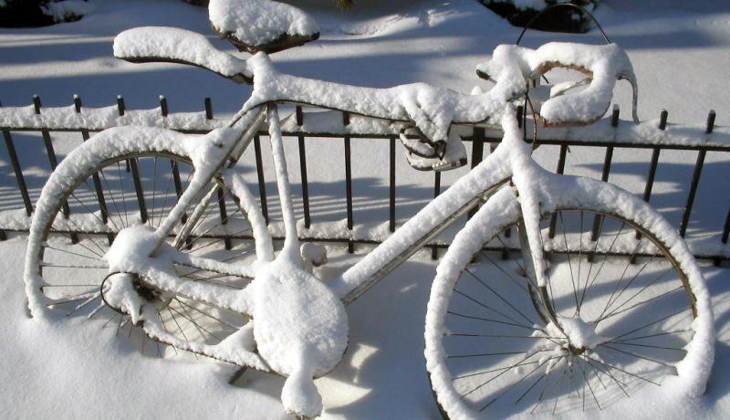 Czy zawsze dobrze się jedzie rowerem zimą?