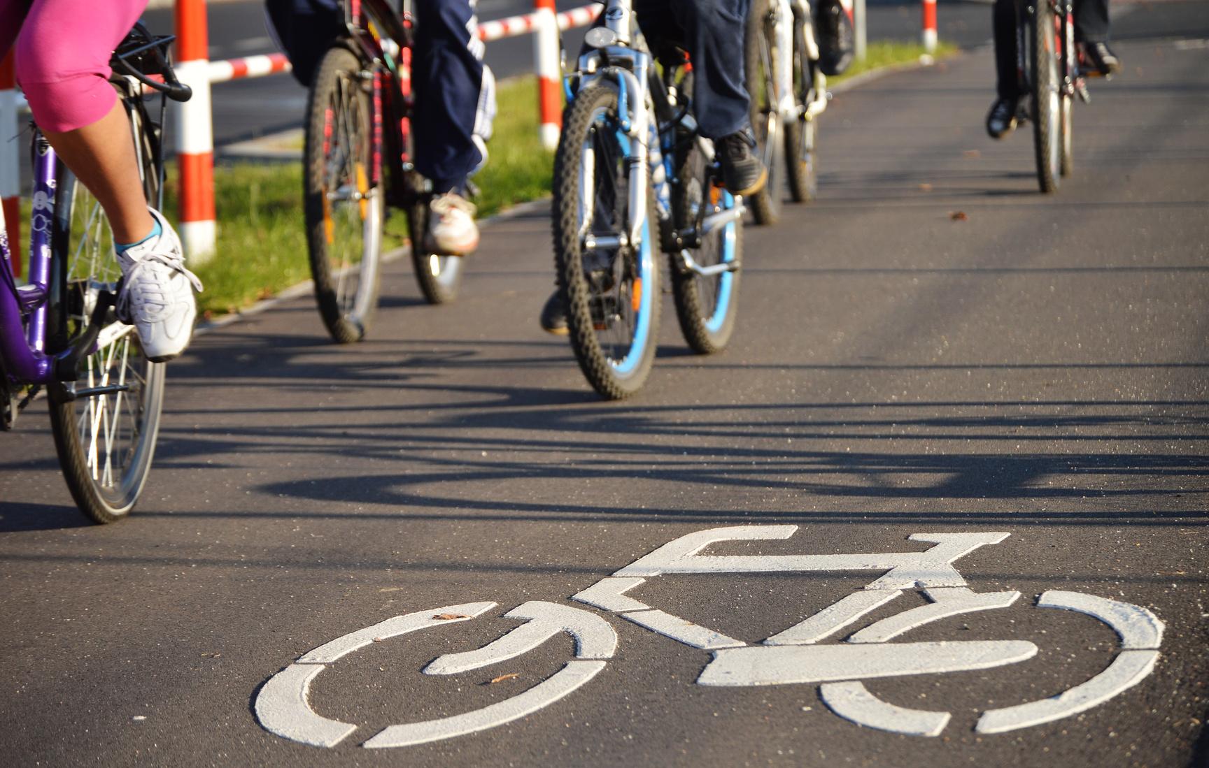 Jak nasmarować (naoliwić) łańcuch rowerowy?